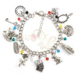 alice_in_wonderland_charm_bracelet_1