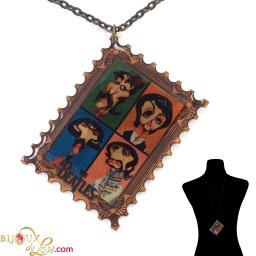 beatles_stamp_necklace_style2