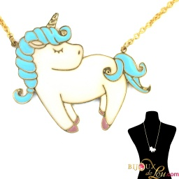 blue_pastel_large_unicorn_necklace
