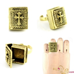 brass_bible_locket_ring_v2