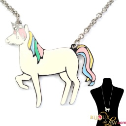 flat_unicorn_necklace