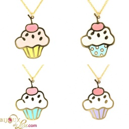 large_cupcake_necklace