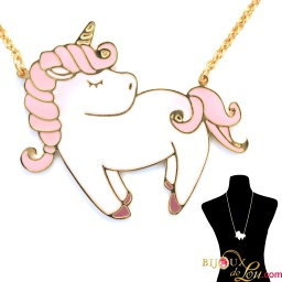 pink_pastel_large_unicorn_necklace