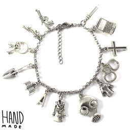 pretty_little_liars_charm_bracelet_1