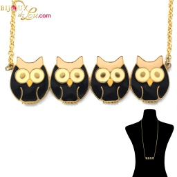 row_black_4_owls_necklace