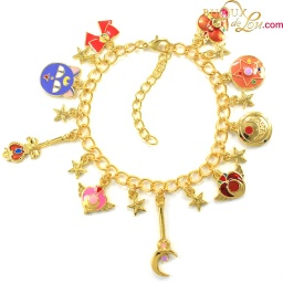 sailor_moon_charm_bracelet_1