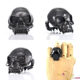 steel_black_vampire_skull_ring