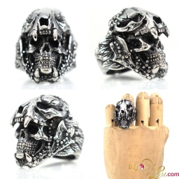 steel_jaguar_helmet_skull_ring