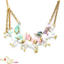 trio_pegasus_necklace