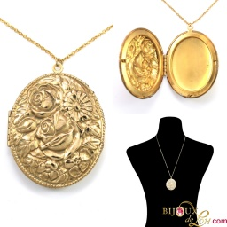 vintage_3_rose_oval_locket